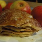 «Лилипутские» блины с яблоками