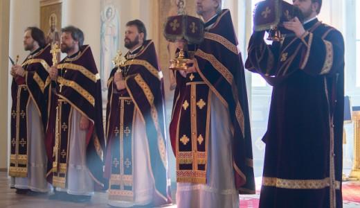 Духовенство храма сегодня